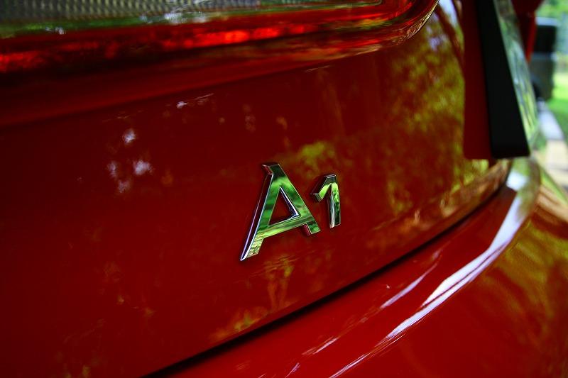 Audi A1に乗ってきました。