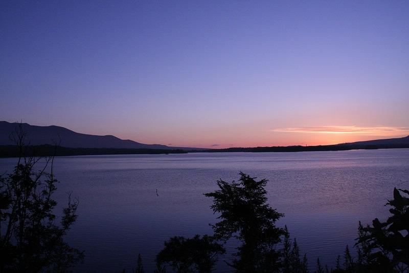北海道大沼国定公園の日の出